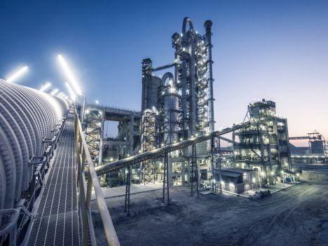 Ủy ban Châu Âu sẽ đề xuất chính sách thuế mới về carbon đối với thép, xi măng và năng lượng