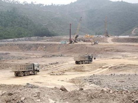 Tiếp tục tháo gỡ vướng mắc cho Tổ hợp dự án nhà máy Xi măng Đại Dương